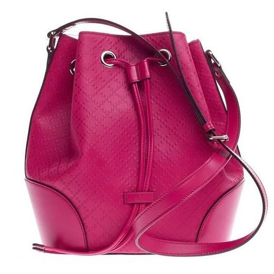 Preowned Gucci Bright Bucket Bag Diamante Leather Large ($750) ❤ liked on Polyvore featuring bags, handbags, shoulder bags, multiple, gucci handbags, leather shoulder bag, purple leather purse, leather shoulder handbags and shoulder strap bags