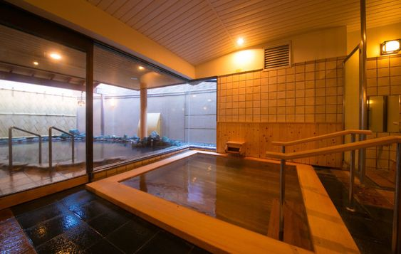 Onsen large communal bath | Atami Onsen | Furuya Ryokan [Official] | A long-established hot spring inn boasting guest rooms with open-air hot spring baths