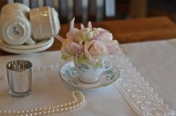 tea cup vintage | ... spray roses and palest pink astilbe look gorgeous in this tea cup