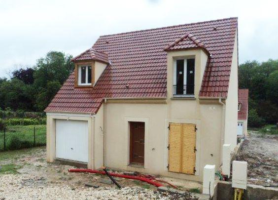 La #maison de Cindy et Christophe dans l'Essonne - modèle IDYLLE de la gamme HOME CHRYSALIDE #House #MaisonsPierre #Maison