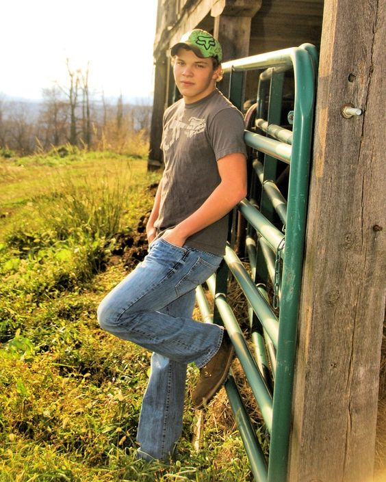 Senior Picture Ideas In The Country: Pinterest €� The World's Catalog Of Ideas