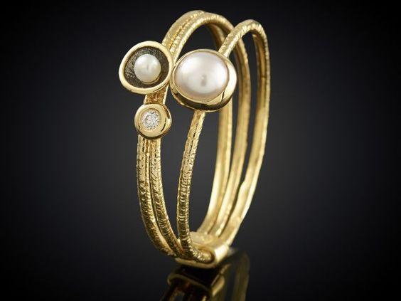 Gouden ring met diamanten bij Sieraden in Stijl Goudsmid Marijke Mul