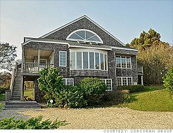 7 luxury vacation home deals...