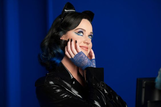 A coleção de maquiagem da Katy Perry: CoverGirl Katy Kat | Just Lia:
