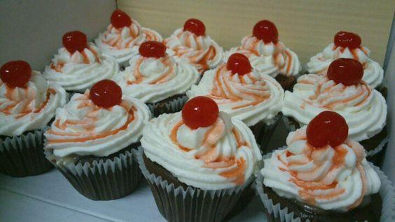 Cherry coke float cupcake