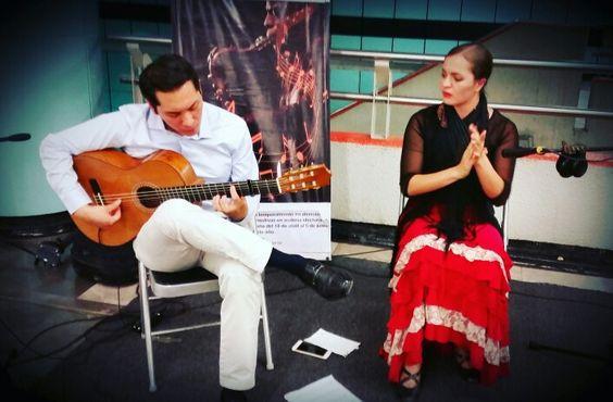 """Grupo """"Embrujo Mestizo"""" interpretando  música y danza flamenca en #Garibaldi #LB"""