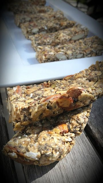 Savvy Chef: Nut and Seed Granola Bars