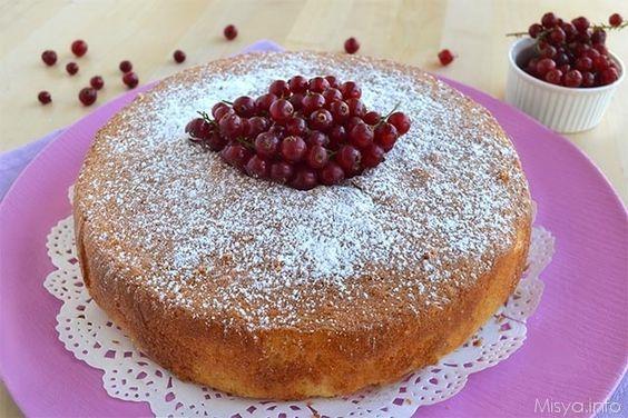 Torta al latte caldo, scopri la ricetta: http://www.misya.info/2014/09/03/torta-al-latte-caldo.htm