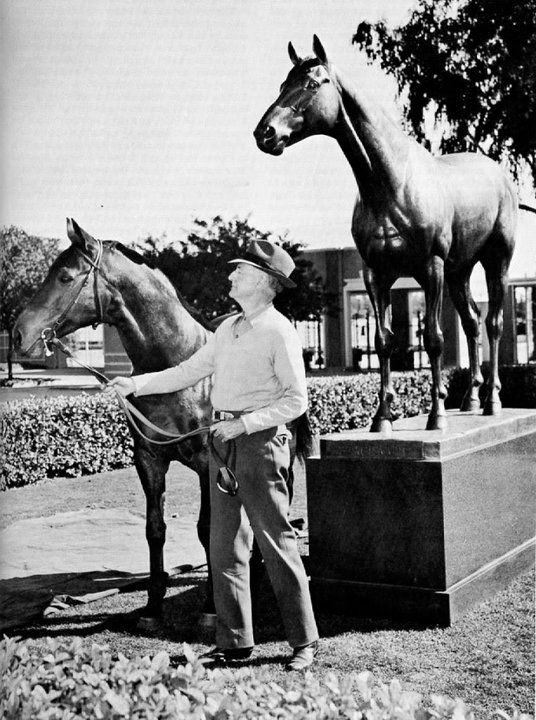 Seabiscuit, owner and his own statue