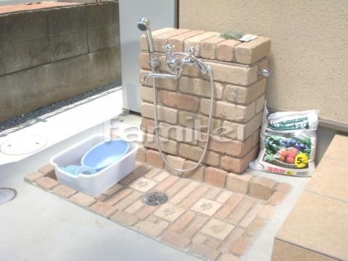 ペットの足洗い場としても 立水栓のご紹介 外構 庭 リフォーム エクステリア情報 屋外シンク ガーデンシンク 庭 リフォーム