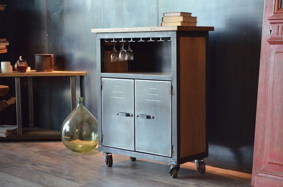 Meuble bar bois métal de style industriel roulettes en fonte - Fabrication artisanale Française - MICHELI Design