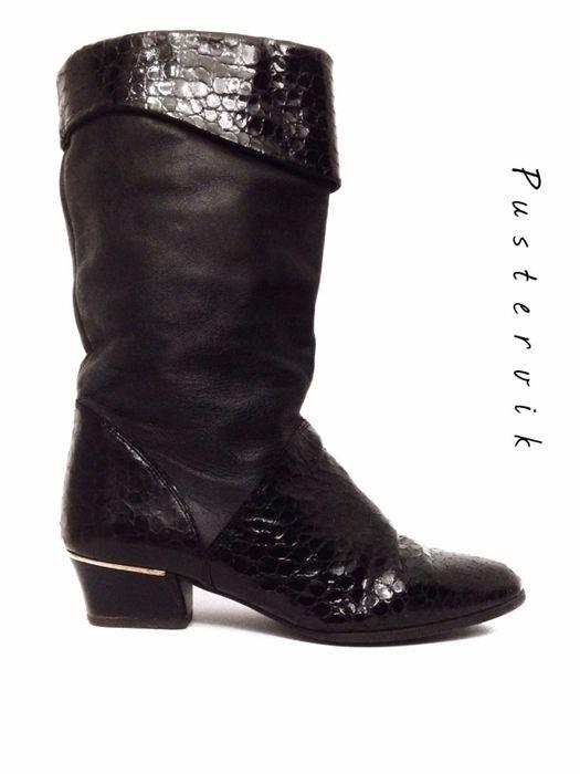 Mein True Vintage Leder Lackleder Stiefel Absatz Schwarz Struktur Muster von true vintage! Größe 39 für 34,00 €. Sieh´s dir an: http://www.kleiderkreisel.de/damenschuhe/stiefel/125586014-true-vintage-leder-lackleder-stiefel-absatz-schwarz-struktur-muster.