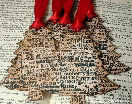 Cute ornaments!  I bet this is scrapbook paper but hand writing special messages, or key words that mean something to family members or friends would be cool too.: Vintage Christmas Trees, Christmas Crafts, Handmade Christmas Gifts, Handmade Gift, Christmas Tags, Christmas Ideas, Christmas Gift Tags