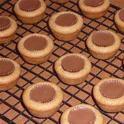 Check out this scrumptuous cooking,  learn how this Butter Cup Cookies is made