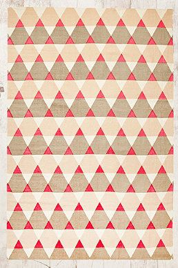 Teppich mit Dreiecks-Print, 5 x 7 Fuß
