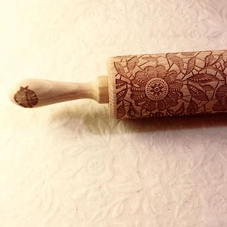 Rolling pin - flower decor  Shipping to Norway and Sweden