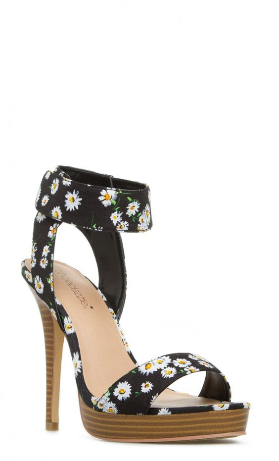 pretty print on this faux-stacked platform heel