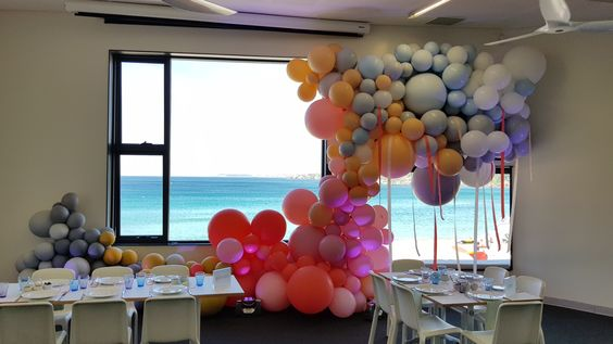Stunning custom colour mix in a ombre pattern. www.balloons.net.au
