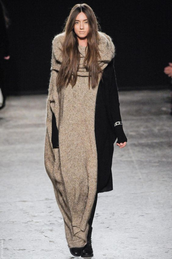 Uma Wang FW2012: Hair Fall, Hair Colors, 2012 Knitwear, Winter Knits, Knitwear Dresses, Wang Fall, Fall Winter, Wearable Knitwear, Fab Knits