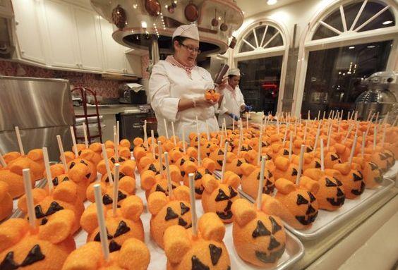 Mickey Treats #halloweentime