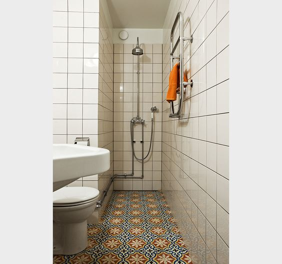 What A Way To Maximize Design In A Small Bathroom Moroccan Tiles Bathroom Inspiration