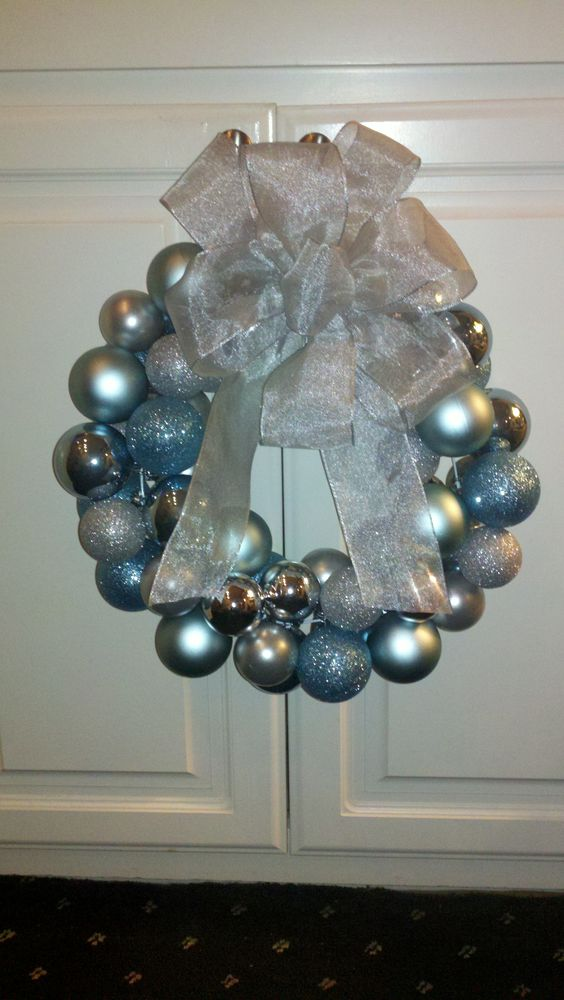 Ornament wreath!
