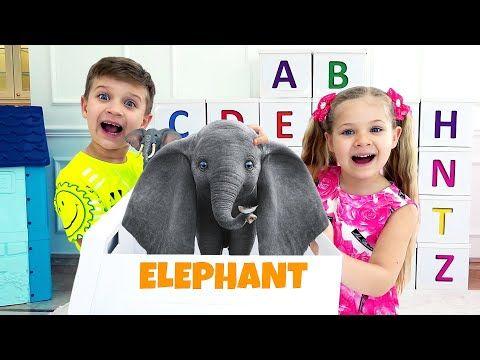 Abc تعلم الأبجدية الإنجليزية مع ديانا وروما Youtube In 2021 Dinosaur Stuffed Animal Elephant Animals