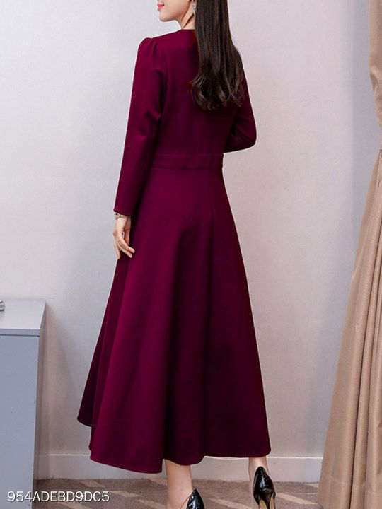 V Neck Patch Pocket Plain Maxi Dress Berrylook Com Irene
