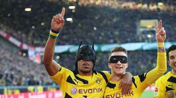 Borussia Dortmund: cracks celebraron como 'Batman y Robin'