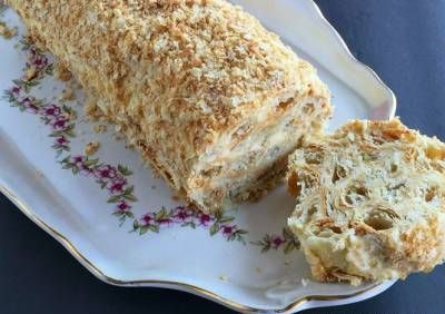 """Cake «Puff log».Love the classic cake """"Napoleon"""", but do not want to bother with baking cakes?  Then this recipe is for you. This method of cooking I always helps when  time to mess around with absolutely no baking or just too lazy to cook."""