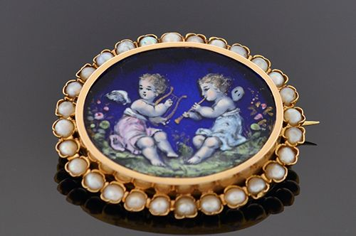 Item #4656 Enamel Cherubs Surrounded by Pearls