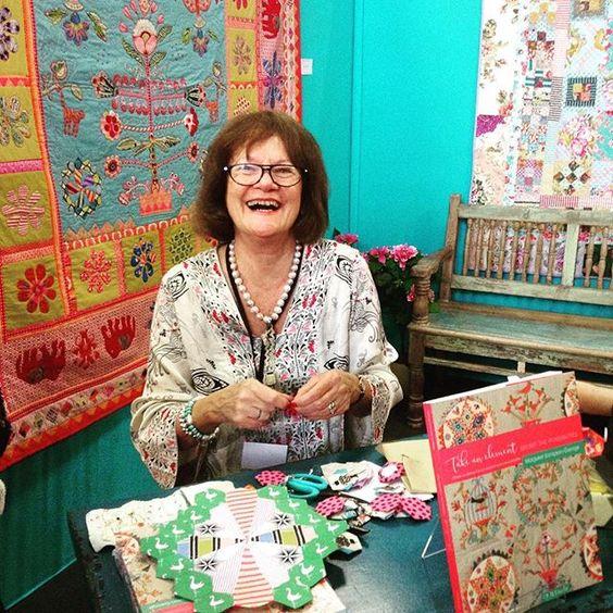 Margaret Sampson-Georges et son nouveau livre #pourlamourdufil #quiltmania #quiltmanieditions #quiltshow #quilt #margaretsampsongeorge