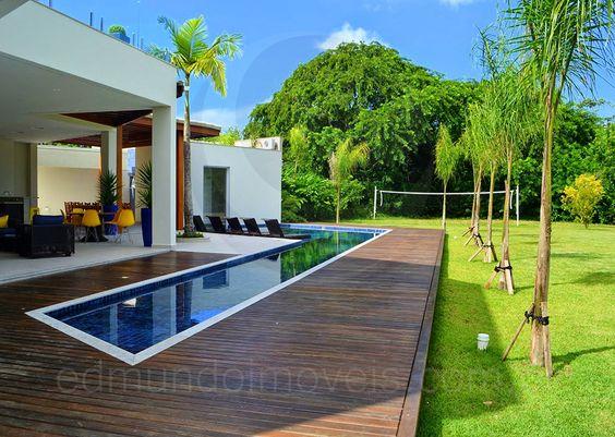 A área de lazer oferece opções para todos os gostos A linda piscina