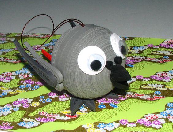 Arbre de Noël des jouets gris du Gabon perroquet par QuillingLife