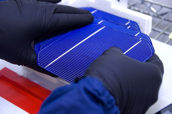 U.S. to impose big tariffs on China & Taiwan for dumping #solar panels on market. The International Trade Commission has voted to uphold findings that the two countries intentionally saturated the market with cheap photovoltaic cells, undercutting competition and driving prices down.
