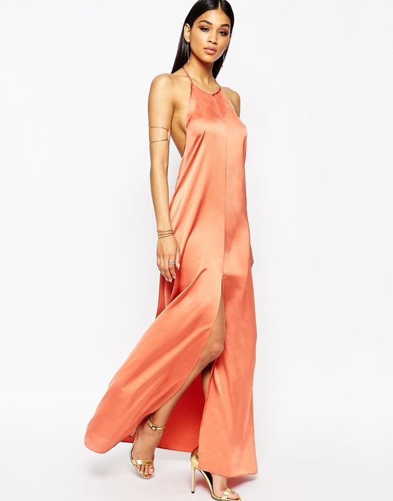 deep v maxi dress uk income