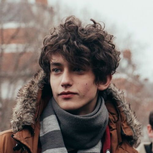 61 Natural Curly Hairstyles For Men Men Hairstyles World Curly Hair Men Mens Hairstyles How To Draw Hair