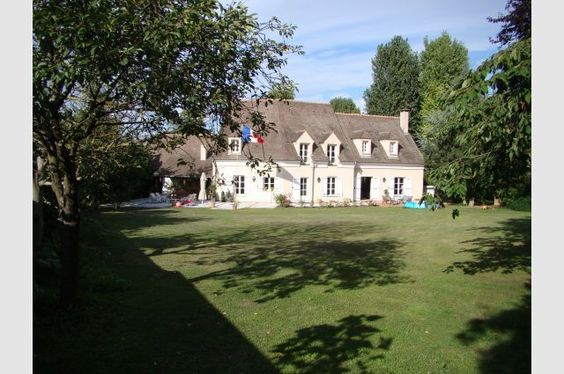 A Haven Of Peace In Western Paris (12 Miles) Surrounded By Forests, http://www.exclusiveexchanges.com/index.php?option=com_exclusive&task=propertydetails.display&Itemid=1&id=3445