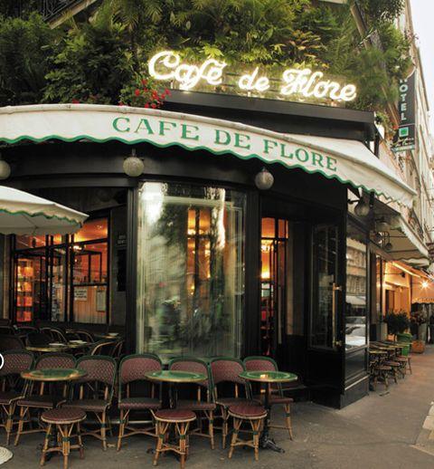 Café de Flore, un café brasserie situado en el número 172 del Boulevard Saint-Germain, en Saint-Germain-des-Prés, en el VI arrondissement de París, Francia. | Fue fundado en la época de la Tercera República, probablemente en 1887. Debe su nombre a una pequeña estatua de la diosa Flora, hoy desaparecida.