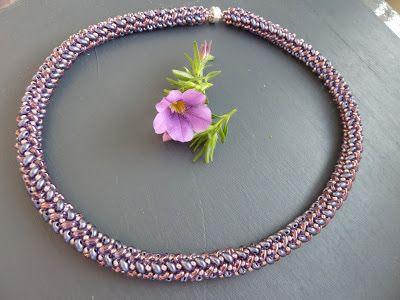 Silkes Perlendesign: Kette mit Twinbeads in Herringbone-Technik
