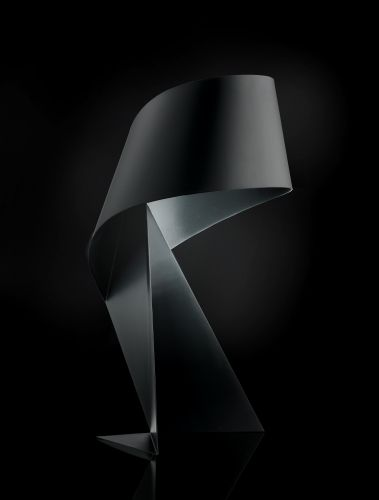 Ribbon Tischlampe aus Stahl