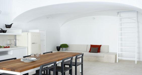 "Check Villa ""Fabrica"" - Santorini, Greece ! You can rent it ! #luxury #villa #rent #holidays #greece #vacances #grece #alouer #aroomwithaview #sea #bedroom #decoration #swimmingpool #beautiful #sunset #luxuryvilla"