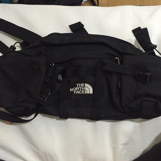 """*LOWEST* North face North face """"asspack"""" / fanny pack. All black. Several pockets. No trades. North Face Bags"""