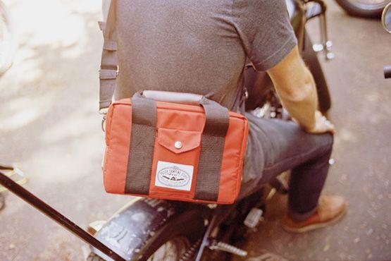 The Camera Cooler: Bags Camera, Cameras Gear, Book Bags, Cameracooler4 Mini, Camera Bags, Camera Cooler, Bags Backpacks