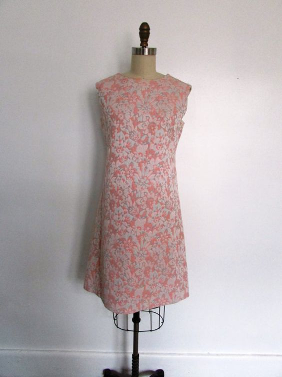 1960s pink shift dress // vintage 60s pink by VivianVintage8, $108.00
