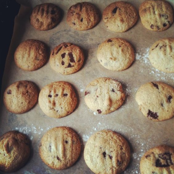 Why have a chocolate chip when you can have a chocolate chunk? Chocolate & walnut cookies Gluten free