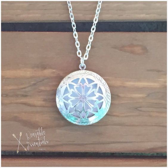 Diffuser necklaces are the newest trend. This sweet necklace will go perfect with any outfit. Not only cute but functional too! Pendant opens