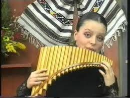 cine este fata asta  https://myspace.com/sireteanu/music/song/aventura-96579382-107626088