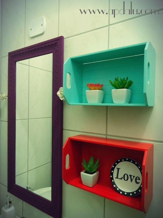 CAIXOTES CUSTOMIZADOS #CAIXOTES #CORES #DIY #BANHEIRO #DECORACAO #FACAVOCE   -> Decoracao Banheiro Diy