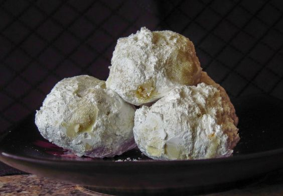 Walnut Snowball Cookies: OnTheMove-In the Galley